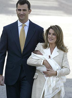 Los Príncipes, con la niña. (Foto: A. Cuéllar)