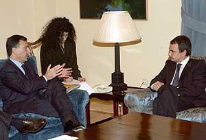 Frattini y Rodríguez Zapatero durante su encuentro. (Foto: EFE).