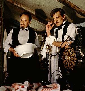 Keen (izda.), en una escena de 'Doctor Zhivago' junto a Omar Sharif. (Foto: The Kobal Collection)