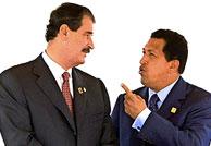 Fox y Chávez, en una imagen de 2001. (Foto: AFP)