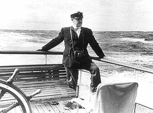Franco en el yate Azor. (Foto: EL MUNDO)