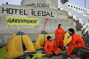 Las tiendas donde los activistas han pasado la noche. (Foto: Greenpeace)