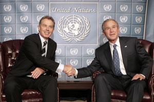 El primer ministro británico, Blair, y el presidente de EEUU, Bush. (Foto: REUTERS)
