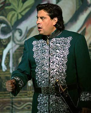 El tenor argentino Marcelo Álvarez. (Foto: EFE)