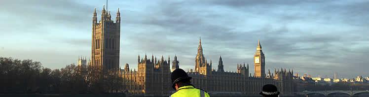 El humo ha llegado a Londres. (Foto: REUTERS)