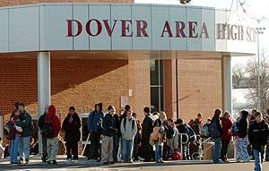 El colegio de Dover, en Pensilvania, ha sido el primero donde, por ley, no se podrá impartir el Diseño Inteligente. (Foto: AP)