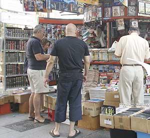 Los quioscos concentran el 77% de las ventas de diarios y revistas. (Foto: Diego Sinova)