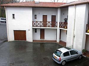 Exterior del domicilio de Begoña B. (Foto: EFE)