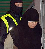 Una detenida en Barcelona. (Foto: EFE)