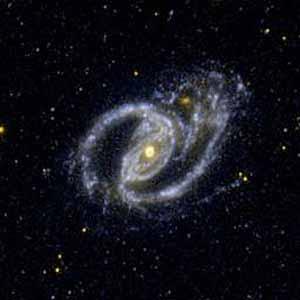 La pequeña galaxia NGC1097. (Foto: NASA)
