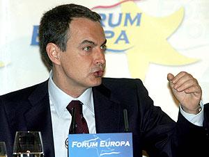 El presidente del Gobierno, durante su comparecencia. (Foto: AFP)