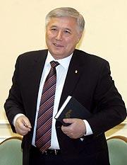 El primer ministro ucraniano Yuriy Yajanúrov. (Foto: EFE)