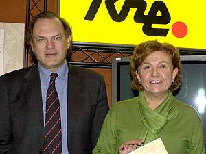 Pedro Piqueras y Carmen Caffarel. (Foto: EL MUNDO)