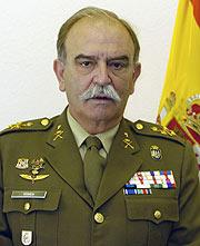 El teniente general Pitarch Bartolomé. (Foto: Ministerio de Defensa)