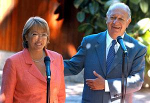 Michelle Bachelet y Ricardo Lagos. (Fotos: EFE)