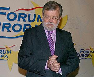 Juan Carlos Rodríguez Ibarra, antes de la conferencia. (Foto: EFE)