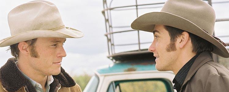 Ledger como Ennis del Mar (izda.) y Gyllenhaal en el papel de Jack Twist.