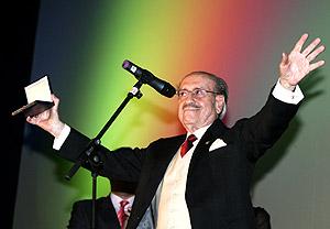José Luis López Vázquez, tras recibir la Medalla de Oro por toda su carrera. (Foto: EFE)
