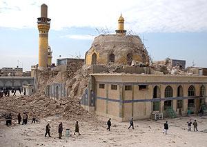 El templo de Ali Al-Hadi, destruido. (Foto: AFP)
