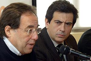 Francesc De Carreras y Arcadi Espada en la rueda de prensa en la que se ha presentado el nuevo partido. (Foto: Antonio Moreno)