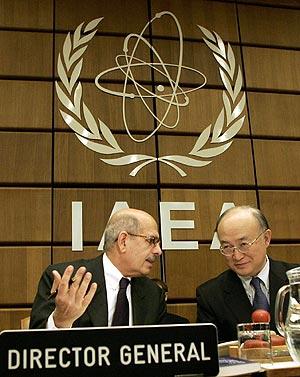El director general del OIEA, Mohamed El Baradei, durante la reunión en Viena. (Foto: AP)