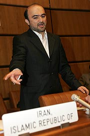 Javad Vaïdi, delegado iraní en Viena. (Foto: AFP)