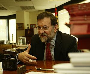 Mariano Rajoy, durante la entrevista. (Foto: Kike Para)