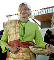 María Teresa Fernández de la Vega, en Mozambique. (Foto: EFE)