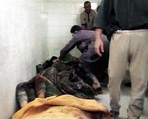 Los cadáveres de los civiles, en la morgue. (Foto: REUTERS)