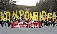 Concentración 'abertzale' en Pamplona. (Foto: AP)