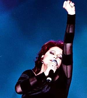 La cantante, en uno de sus últimos conciertos en Ciudad de México. (Foto: EFE)