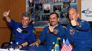 Pontes, Vinográdov y Williams, horas antes del lanzamiento. (Foto: Reuters)