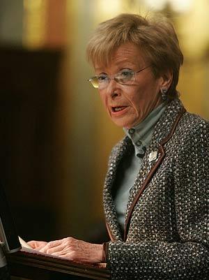 La vicepresidenta, durante su intervención. (Foto: EFE)