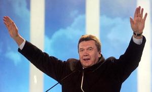 Viktor Yanukovich, en un acto político en Kiev. (Foto: EFE)