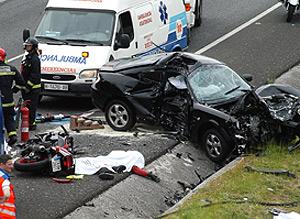 Imagen de uno de los accidentes ocurridos durante esta Semana Santa. (Foto: EFE)