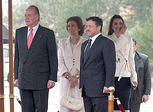 Los Reyes de España en Jordania con el rey Abdalá II y la Reina Rania. (Foto: REUTERS)