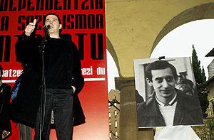 Arnaldo Otegi en el homenaje a 'Argala' celebrado en 2003. (Foto: Carlos García)