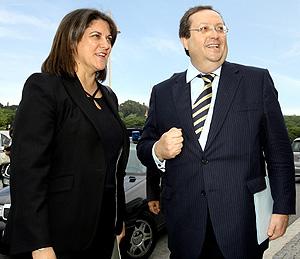 María Antonia Trujillo con el ministro luso de Ambiente. (Foto: EFE)