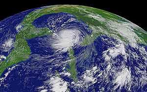 'Katrina', el año pasado, llegando a las costas de Florida. (Foto: NOAA)