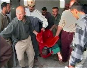 Un fotograma del vídeo grabado tras la matanza por una Asociación de Derechos Humanos iraquí. (Foto: REUTERS)
