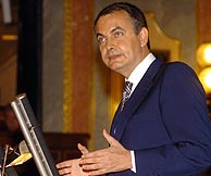 Zapatero, en el Congreso. (EFE)
