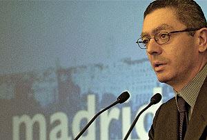 Gallardón, durante una reciente rueda de prensa. (Foto: C. Miralles)