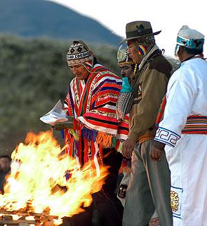 Evo Morales durante la ceremonia. (Foto: AFP)