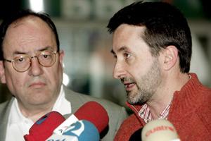Gorka Aguirre, a la izquierda, junto al presidente del PNV, Josu Jon Imaz. (Foto: EFE)