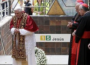 El Papa ha rezado por los fallecidos en el accidente de Metro. (Foto: Alberto di Lolli)