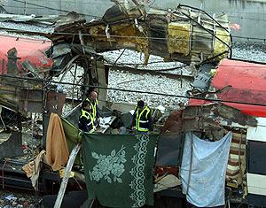 Imagen de uno de los trenes tras las explosiones