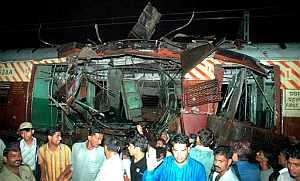Uno de los trenes afectados por las bombas. (Foto: AFP)