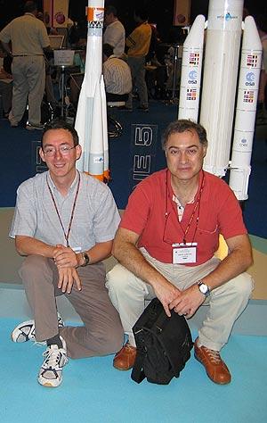 Los dos científicos españoles, Hueso (a la izquierda) y Sánchez-Lavega. (Foto: elmundo.es)