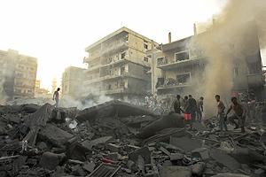 La búsqueda de supervivientes en la localidad de Tiro tras los ataques israelíes. (Foto: REUTERS)