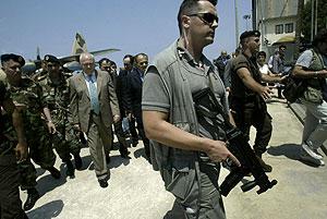Moratinos es recibido en Beirut. (Foto: AFP)
